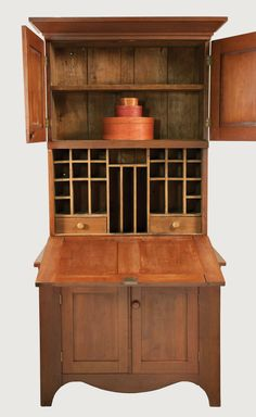 Lot 130: Trustee's Desk | Willis Henry Auctions, Inc.