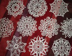 paper snowflakes that are amazing ....