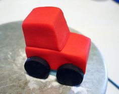 How to Make a Tractor Cake Topper 07