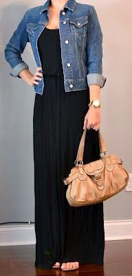 The black maxi dress and jean jacket. Perfect for grocery shopping, picking up the kids, running to the mall, getting a mani... the list goes on! #EverydayFashion