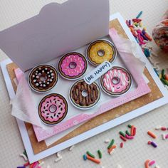 Card Lawn Fawn Donut Worry - Box of donuts, be happy card Handmade Birthday Cards, Diy Birthday, Creative Birthday Cards, Birthday Makeup, 20th Birthday, Birthday Board, Card Birthday, Pop Up Cards, Cute Cards