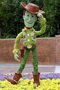 International Flower and Garden Festival - Woody Topiary in the American Adventure Pavilion
