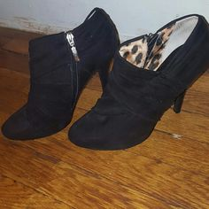 PRICE DROP. Guess Ankle Boots Size 9. Guess Ankle Boots. Suede. Guess Shoes Ankle Boots & Booties