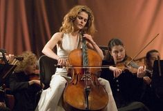 Keri Russell as a beautiful cellist in August Rush. Exquisite.