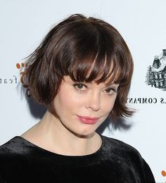 Rose McGowan reminds me of Daisy Lowe crossed out with Emma Stone... #polkkatukka #kauneus #muoti #otsatukka #Roses #WingsHauser #Yunanistan #YanisVaroufakis #Vampires #Vampyyrit #Gibraltar #Luxembourg #TheStoneRoses #Belgia #Brussels #Oinas #Leijona #Jousimies #Krapu #Skorpioni #Kalat