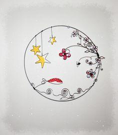 commande personnalisée en fil de fer recuit cercle poétique poisson étoiles et fleurs - artisanat d'art latelierdesof Drawing, Decoration, Creations, Craft Art, Sons, Fish, Atelier, Flowers, Decor