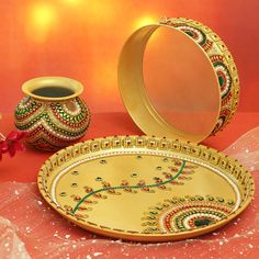 Pottery Painting Designs, Paint Designs, Henna Designs, Online Gift Shop, Online Gifts, Karwa Chauth Gift, Engagement Ring Platter, Thali Decoration Ideas, Acrylic Rangoli