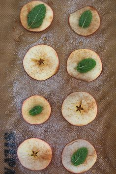 apple chips with mint leaves