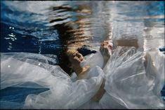 Ewelina i Janusz   Podwodna Sesja Ślubna Underwater, Outdoor, Outdoors, Under The Water, Outdoor Games, The Great Outdoors