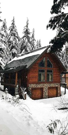 63 Favorite Small Log Cabin Homes Design-Ideen - Holzhaus Small Log Cabin Plans, Log Cabin Kits, Log Cabin Homes, Log Cabins, Cabin Ideas, Mountain Cabins, Log Cabin Designs, Log Home Decorating, Cabin In The Woods