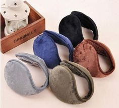 Cozy ear warmers keep your ears and neck warm as they wrap around behind your head. - Fleece - Collapsible - Five different colors for accessorizing! - One size