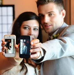 Using technology and social media at your wedding (Plus more on choosing bridesmaid dresses)