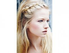 9 Breezy Summer Hairstyles That Take 10 Minutes or Less via @byrdiebeauty. Half French braid style