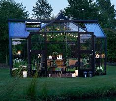 Juliana Orangery 14 x 10 ft Greenhouse Boasting outstanding design and impressive specifications the new Juliana Orangery Silver and Black Greenhouse will be a fabulous addition to any garden. Outdoor Greenhouse, Small Greenhouse, Greenhouse Plans, Greenhouse Gardening, Greenhouse Frame, Greenhouse Wedding, Winter Greenhouse, Homemade Greenhouse, Orangerie Extension