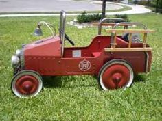 1000 images about vintage pedal cars on pinterest pedal cars fire trucks and cars. Black Bedroom Furniture Sets. Home Design Ideas