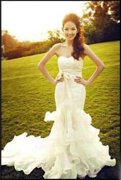 FreeShipping [Wholesale & Retail] el 100% a estrenar la nueva llegada Fish Tail Train Royal Princess Bride Wedding Dress Hot Moden velo vestido $77.88