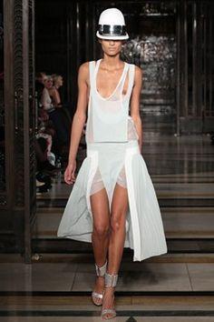 Zeynep Tosun  London Fashion Week Spring/Summer 2013