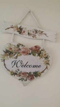 Want to know more about how to Shabby chic furniture Decoupage Vintage, Decoupage Art, Shabby Chic Crafts, Shabby Chic Homes, Wood Crafts, Diy And Crafts, Diy Painting, Dream Painting, Tole Painting