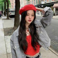 Cute Girls, Cool Girl, Selfies, Japonese Girl, Cheryl Blossom Riverdale, Kpop Girl Bands, Yoon Sun Young, Uzzlang Girl, Cute Korean Girl