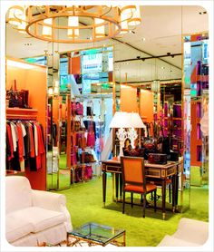 Tory burch'ın göz kamaştıran mağazaları galeri - kadın ve ka Commercial Interior Design, Commercial Interiors, Modern Interior, Boutique Decor, Boutique Design, Boutique Ideas, Dressing Room Closet, Retail Merchandising, Step Up