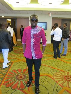 from Ghana African Men Fashion, African Fashion Dresses, Ethnic Fashion, African Attire, African Wear, African Dress, Mens Fashion Wear, Best Mens Fashion, Kaftan Men