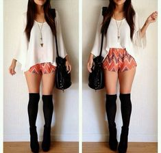 Super How To Wear Shorts In Winter Outfits Thigh Highs Ideas Short Outfits, Spring Outfits, Trendy Outfits, Cool Outfits, Winter Outfits, Fashion Socks, Fashion Outfits, Womens Fashion, Fashion Clothes