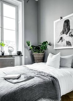 11 TIPS FOR A SCANDINAVIAN STYLE BEDROOM ! www.homeology.co.za #decor #home #beautifulhome #interiors #bath #bathroom #DIY #craftprojects #DIYhome #plants #green #greeninteriors #scandinavian #scandi