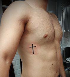 @westend_tattoo @westendtattoobp #westendtattooandpiercing #tattoo #small tattoo #tetoválás #törzs tetoválás #kis tetoválás #cross tattoo #small cross tattoo #kereszt tetoválás #kis kereszt tetoválás