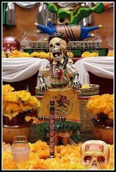 China Poblana...   Ofrenda Dia de Muertos, Puebla, Mexico