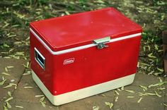 just bought a vintage coleman cooler on ebay. #iWin