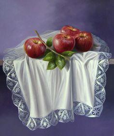 Realismo del bodegón artístico  bodegones con mantel blanco y manzanas, la fruta prohibida  Oleo sobre lienzo  Frutas realistas y coloridas de la serie bodegones exóticos