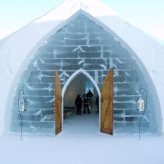 Ice hotel - Quebec Canada... Can't wait to go here.