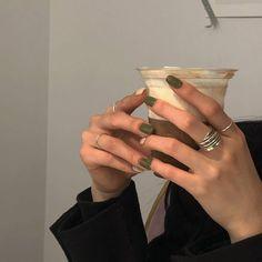 coffee milk tea cream beige aesthetic soft minimalistic light korean kawaii grunge cute pretty photography art artistic ethereal g e o r g i a n a : e t h e r e a l Minimalist Nails, Minimalist Fashion, Cute Nails, Pretty Nails, Hair And Nails, My Nails, Glitter Nails, Oval Nails, Shellac Nails