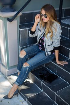 tweed jacket // floral tee // distressed jeans // grey heels // aviator sunglasses