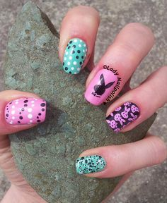 DRK-B & KD12 : Easter Bunny Manicure http://ladynailpolishnathalie.blogspot.ch/2014/04/easter-bunny-manicure-with-drk-b-and.html