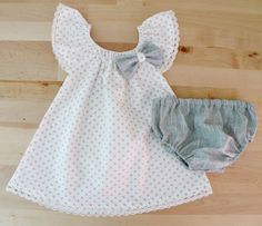 Newborn outfit Little Girl Polka dots Ruffle Sleeves by Melimebaby, $52.00