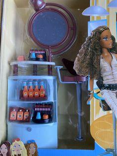 Mattel Barbie, Barbie Dolls, Scene Makeup, Disney Characters Costumes, Liv Dolls, Doll Accessories, Lip Balm, American Girl, Childhood
