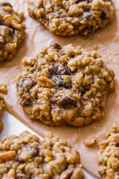 These soft & chewy oatmeal raisin cookies are just like how grandma used to make them. Nothing fancy or complicated, just pure homemade goodness. Soft Oatmeal Raisin Cookies, Oatmeal Scotchies, Homemade Oatmeal Cookies, Healthy Oatmeal Cookies, Baking Recipes, Dessert Recipes, Easy Recipes, Kitchen, Sweets