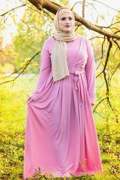 Arab Girls Hijab, Girl Hijab, 80s Fashion, Fashion Dresses, Maxi Dresses, Hijab Dress, Hijab Fashion, Beautiful Muslim Women, Beautiful Hijab