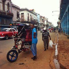 Street life, Bici-taxi, Habana