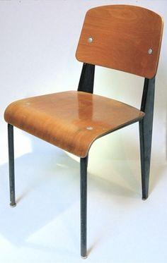 jean prouve table de chevet pour le lyc e de metz jean. Black Bedroom Furniture Sets. Home Design Ideas