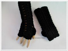 Crochet fingerless gloves Black Crochet by RossiDesignsBoutique