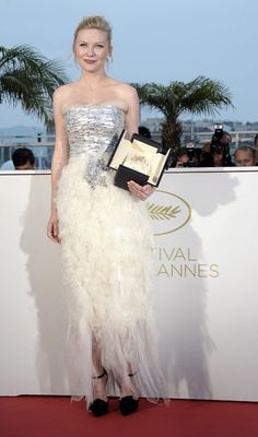 cannes 2011    Kirsten Dunst in Chanel Haute Couture
