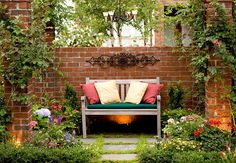 24 best Small Space Gardens images on Pinterest | Small space ...