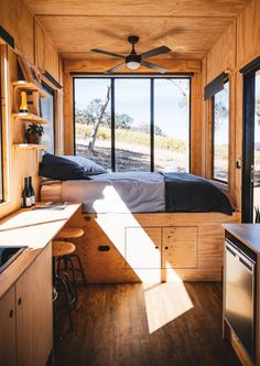 These tiny Aussie cabins offer a simpler way of life - Living in a shoebox Cabin Design, Tiny House Design, Tiny House Luxury, Queen Loft Beds, Tiny Cabins, Tiny House Living, Tiny House Cabin, Tiny Houses, Cabin Interiors