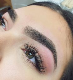 Check out the link to learn more eye makeup looks Natural Fake Eyelashes, False Eyelashes, Arched Eyebrows, Long Lashes, Long Eyebrows, Thicker Eyelashes, Natural Eyebrows, Longer Eyelashes, Eyebrow Makeup