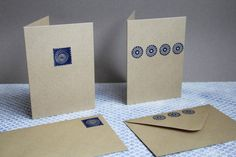 ik-stempel by Jes Brabers  Blue Graphics on card / stamp carving