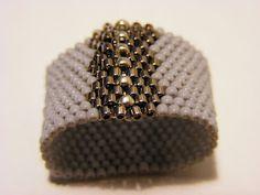 Pattern bijoux: Anello Grigio Peyote  CON SCHEMA