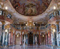 BIBLIOTECA DA ABADIA DE WIBLINGEN - Inaugurada no século XVIII. Faz parte da Universidade de Ulm. Está localizada na Alemanha.
