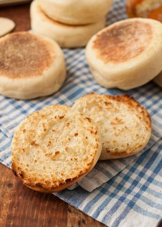 There is really no better vehicle for melted butter than the craggy dips and toasted peaks of an English muffin. I think we can all agree on this. Have you ever tried making them yourself? They're surprisingly straightforward! And since the dough is best Bread Recipes, Cooking Recipes, Dip Recipes, Recipies, Instant Yeast, Crepes, Tacos, Brunch, Melted Butter